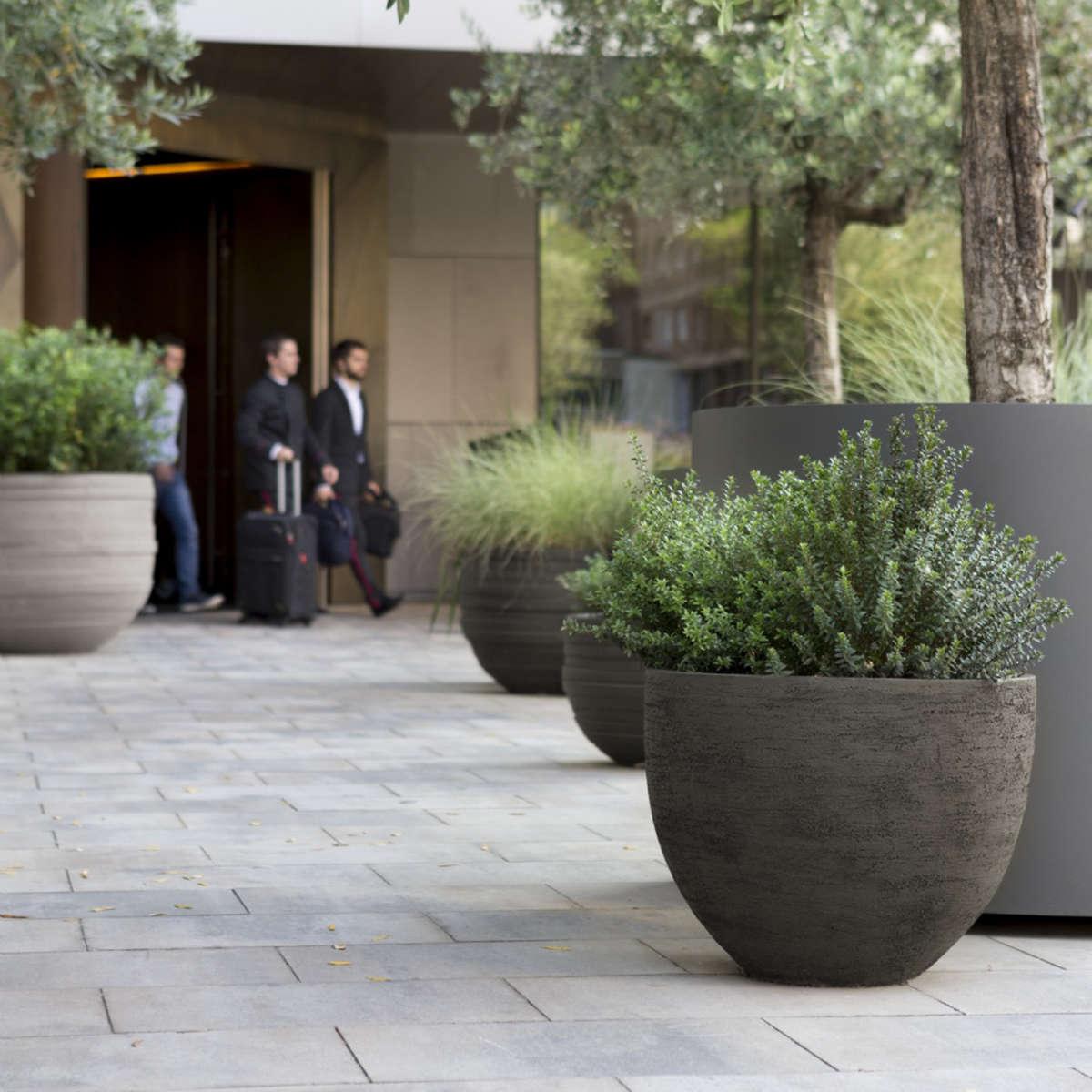 Modern Garden Co U Container