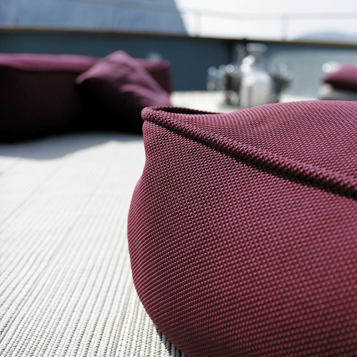 Float Paola Lenti Hr Detail