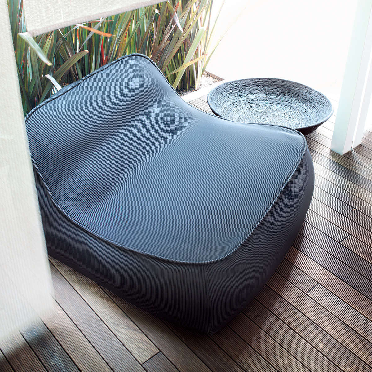Float Paola Lenti Lounge Chair 3Jpg