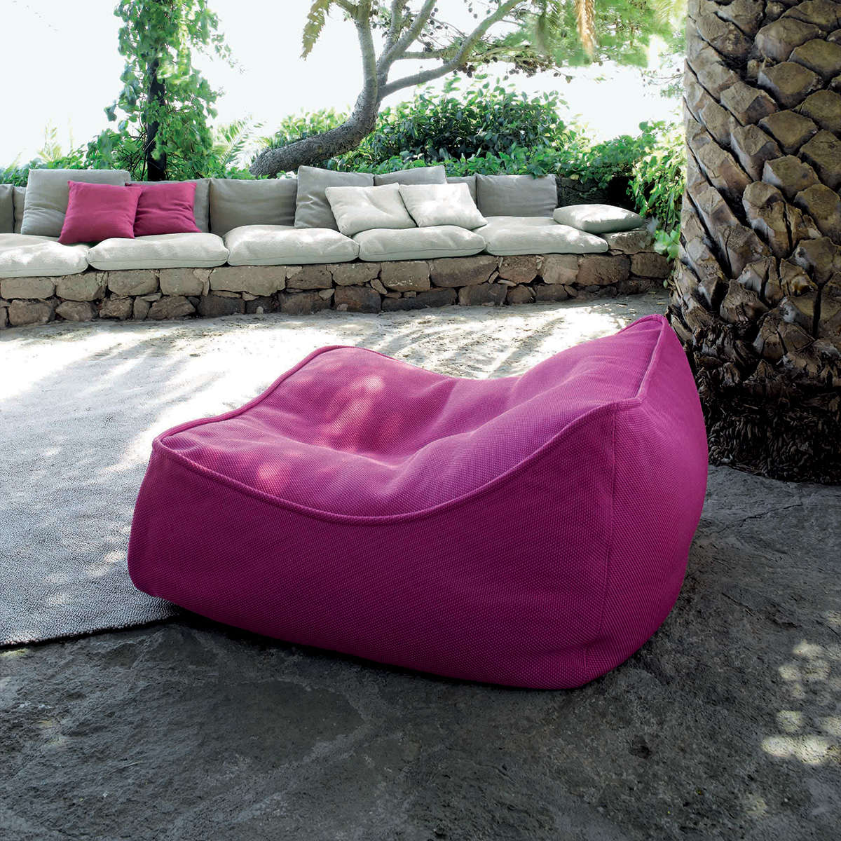 Float Paola Lenti Lounge Chair 1