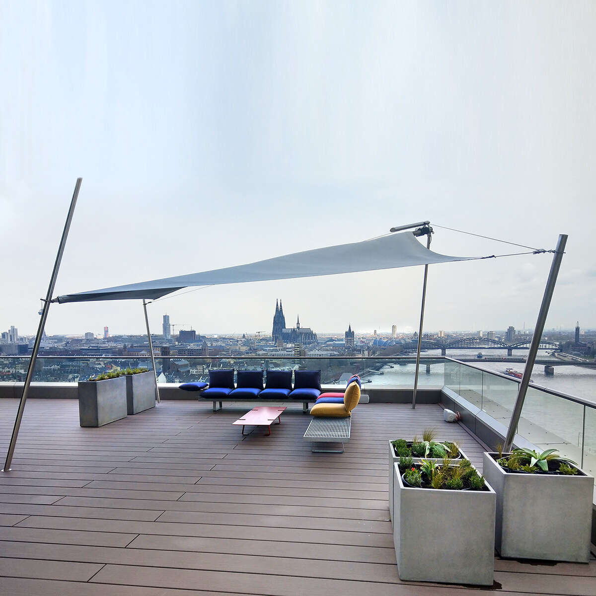 MGC0 Sun Square Cologne Roof Terrace