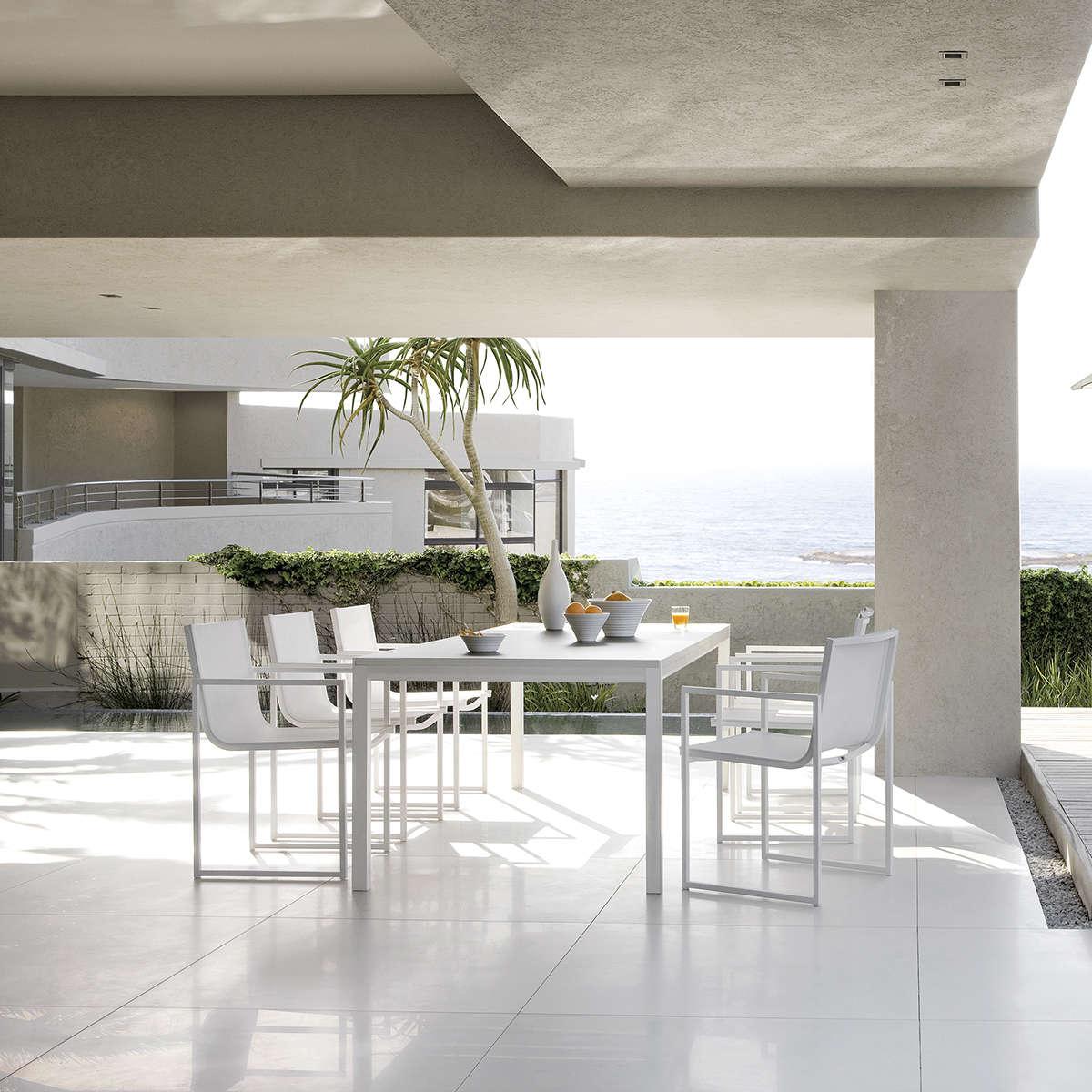 Manutti Latona Dining Chair Hr 3