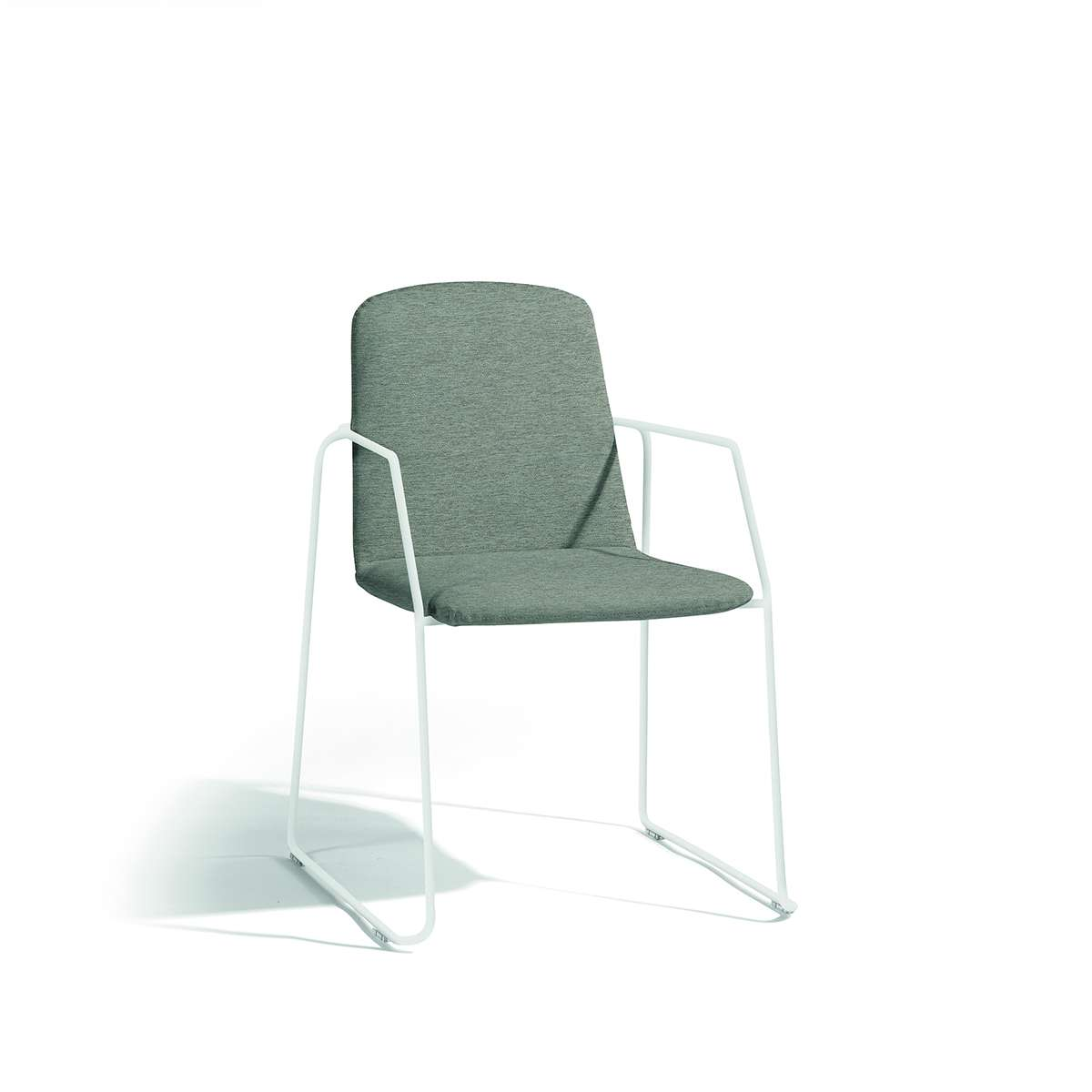 Loop - Dining Chair with arms