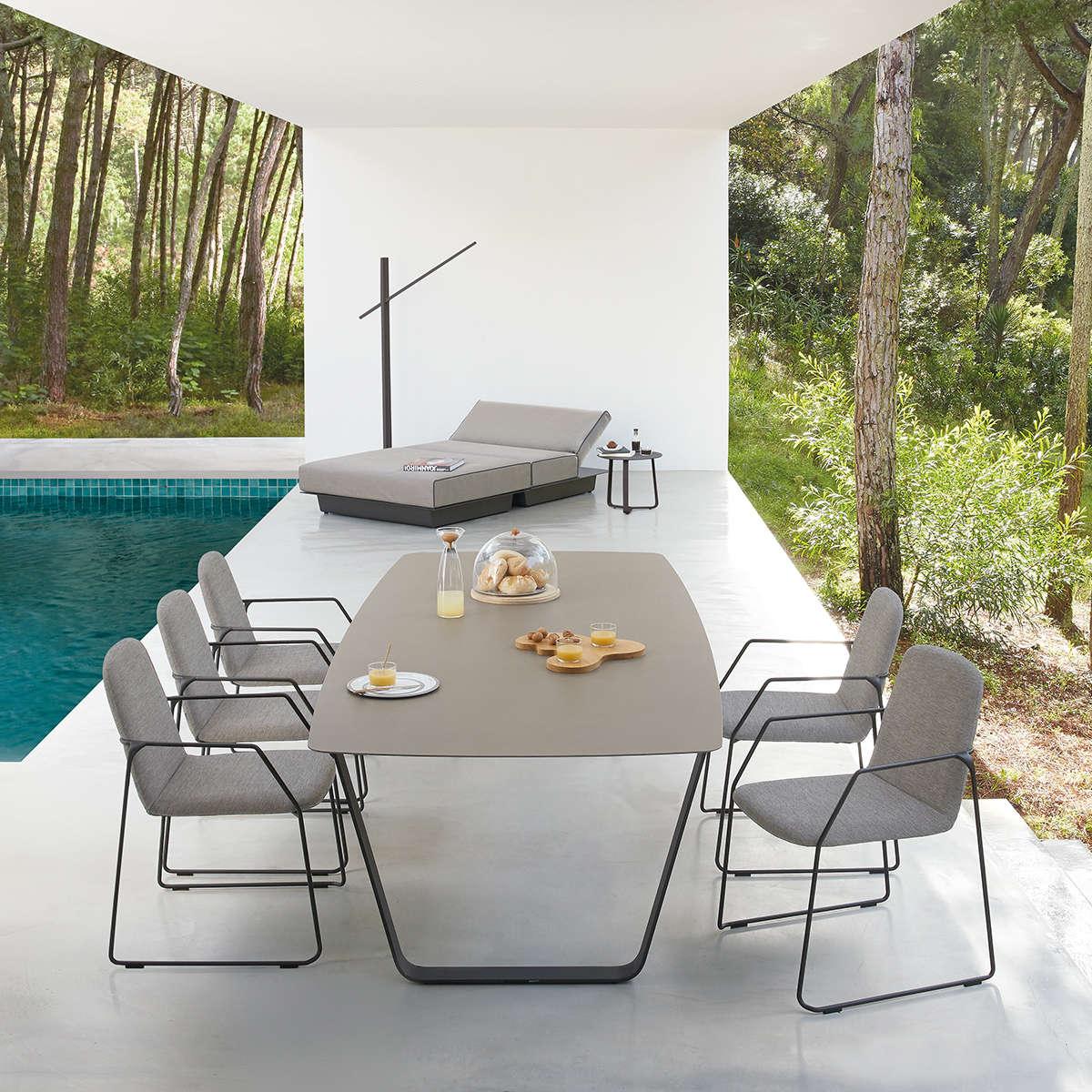 Manutti Loop Dining Arm Chair Hr 2