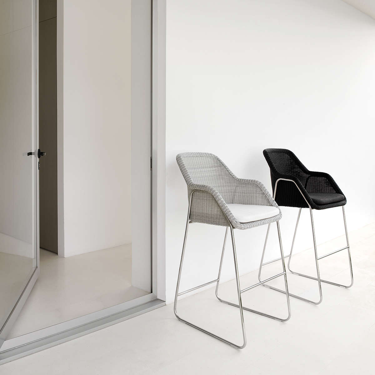 Manutti Mood Bar Stool Hr 1