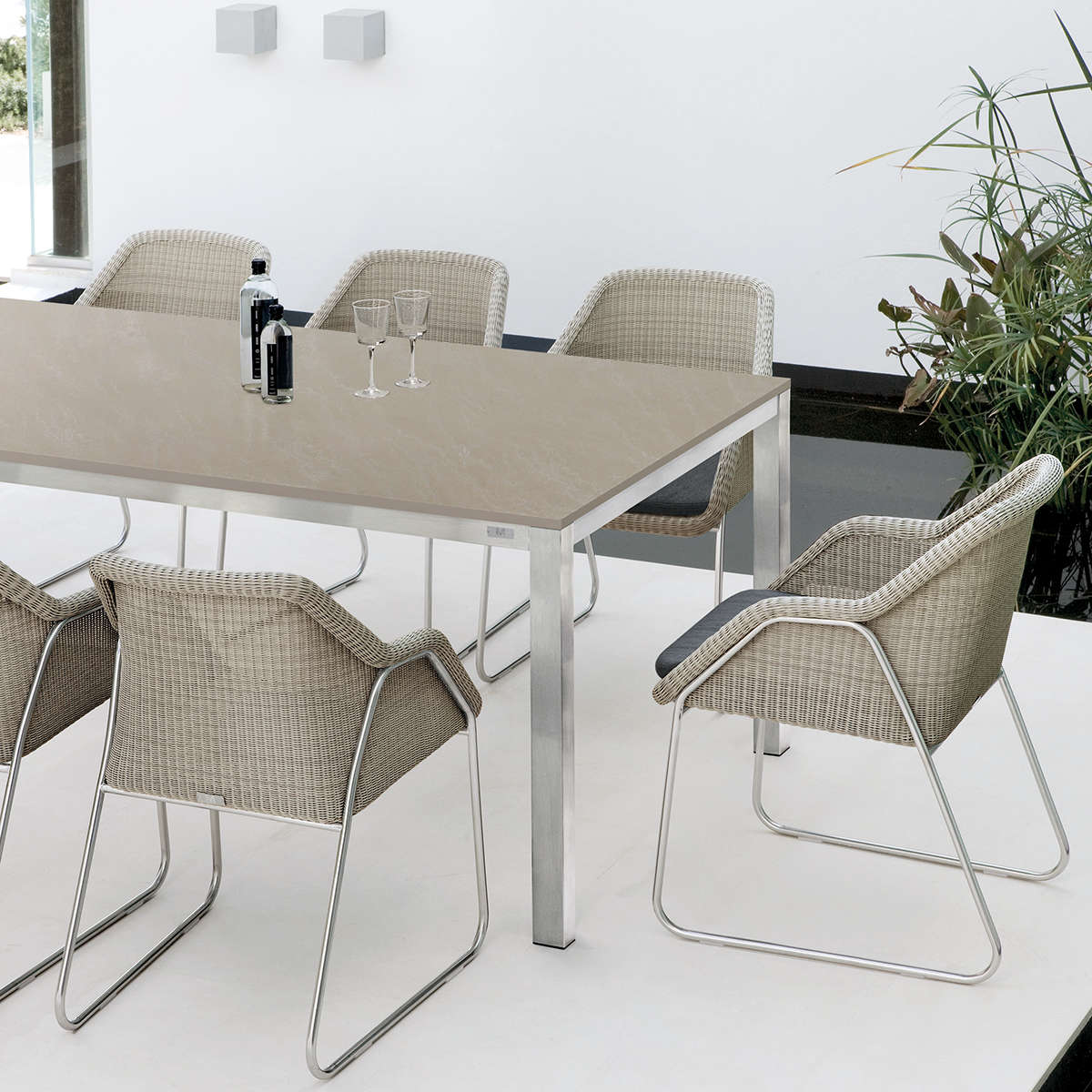 Manutti Mood Dining Chairs Hr 4