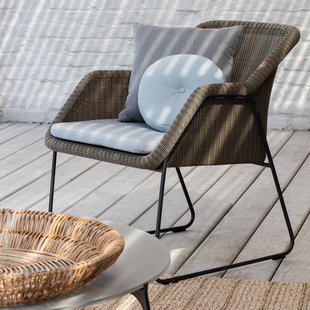 Manutti Mood Lounge Chair 5