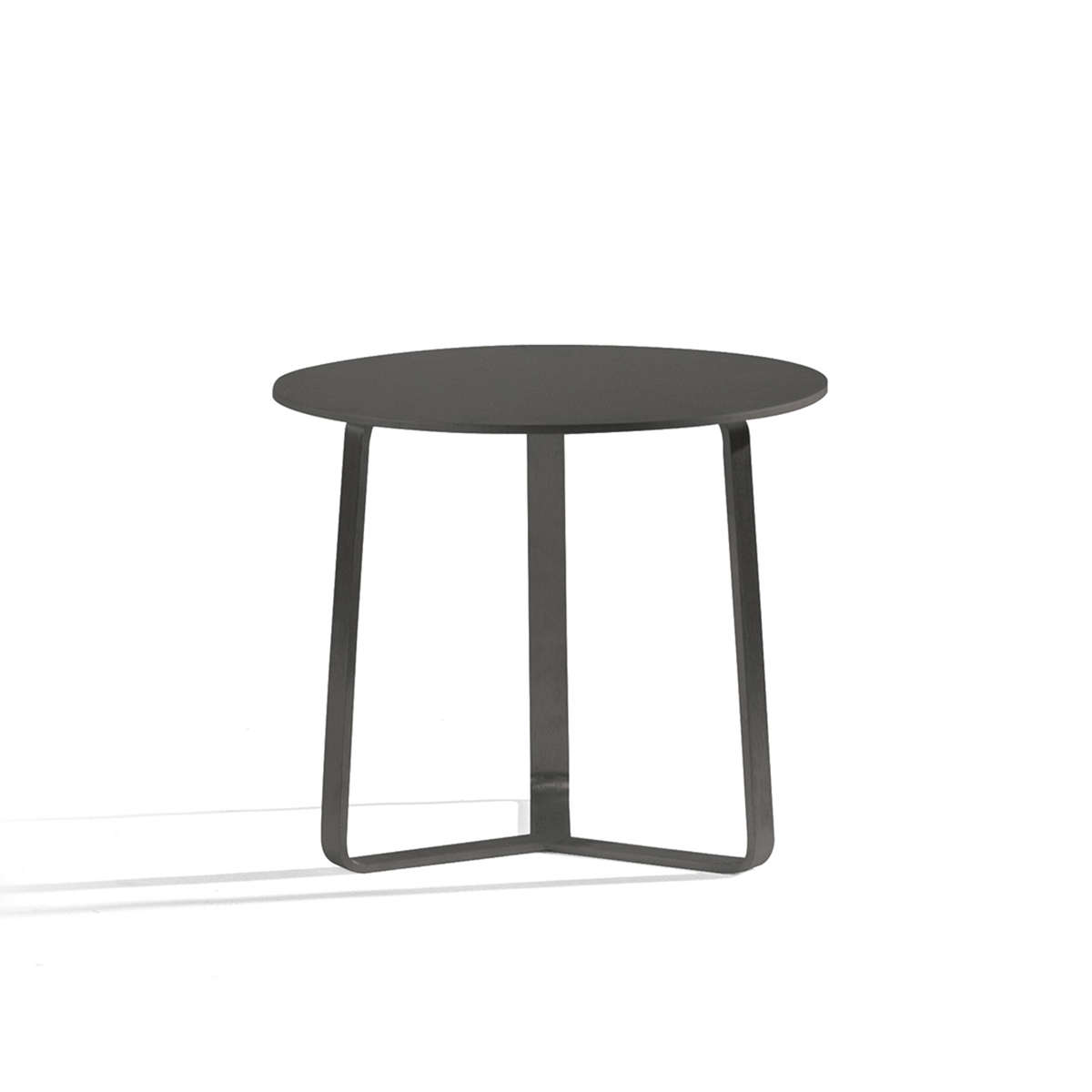 Manutti Round Side Table Hr 4