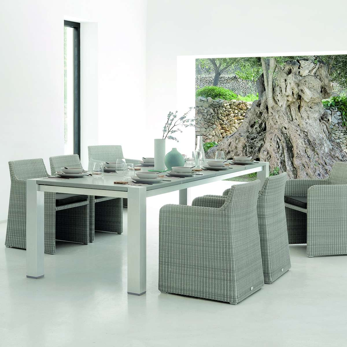 Manutti Swing Dining Chairs Hr 3