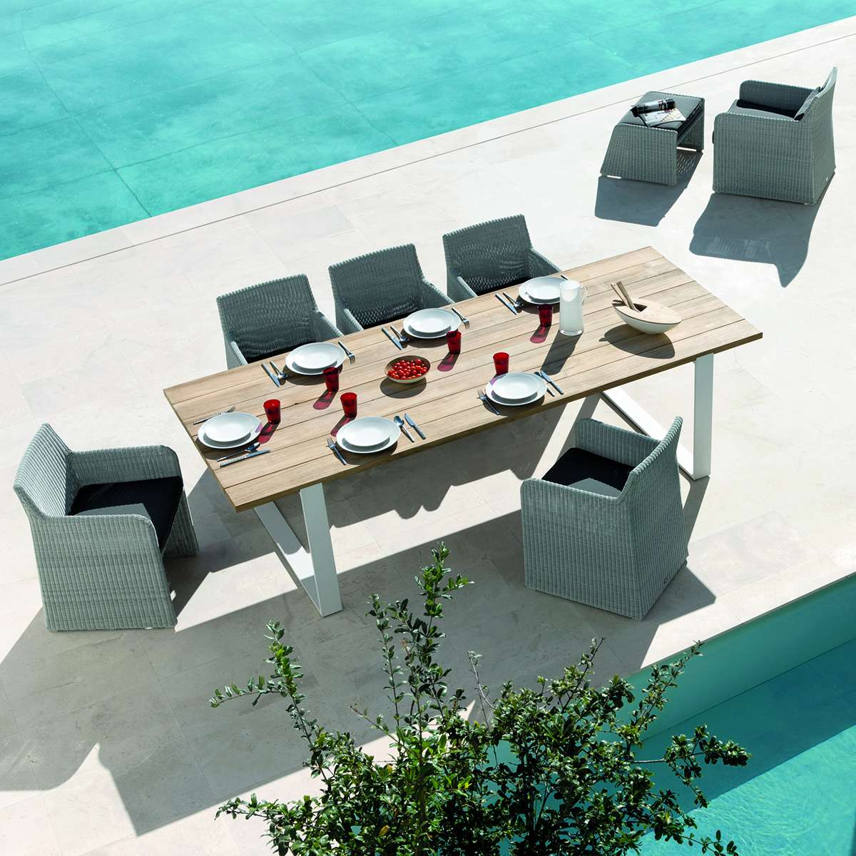 Manutti Swing Dining Chairs Hr 5