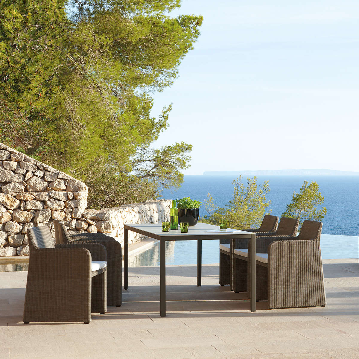 Manutti Swing Dining Chairs Hr 6