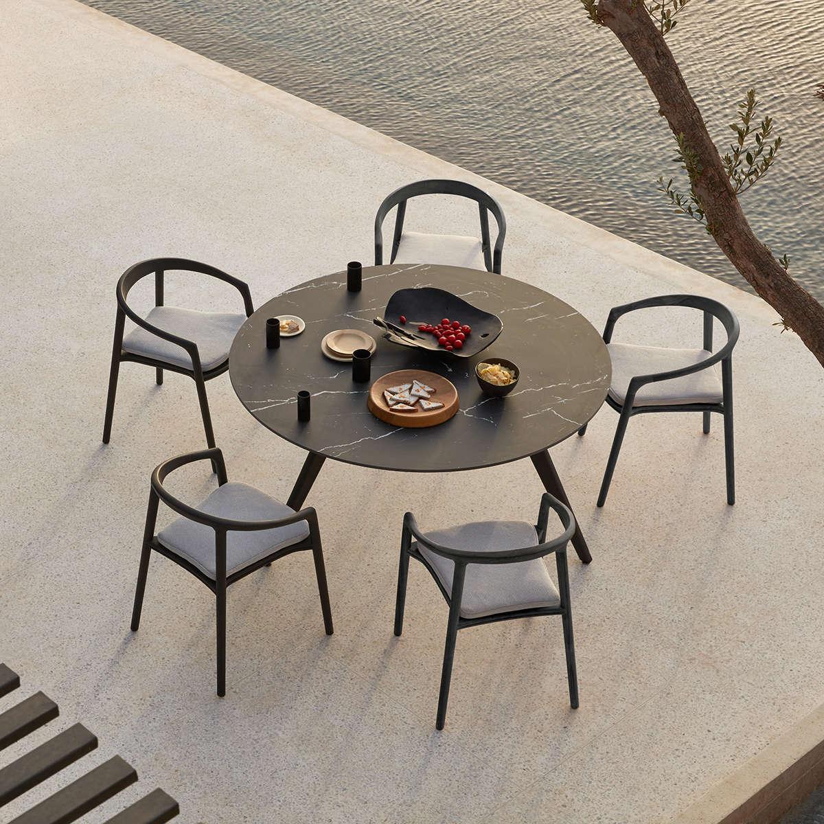 Manutti Torsa Dining Table Ambi 2