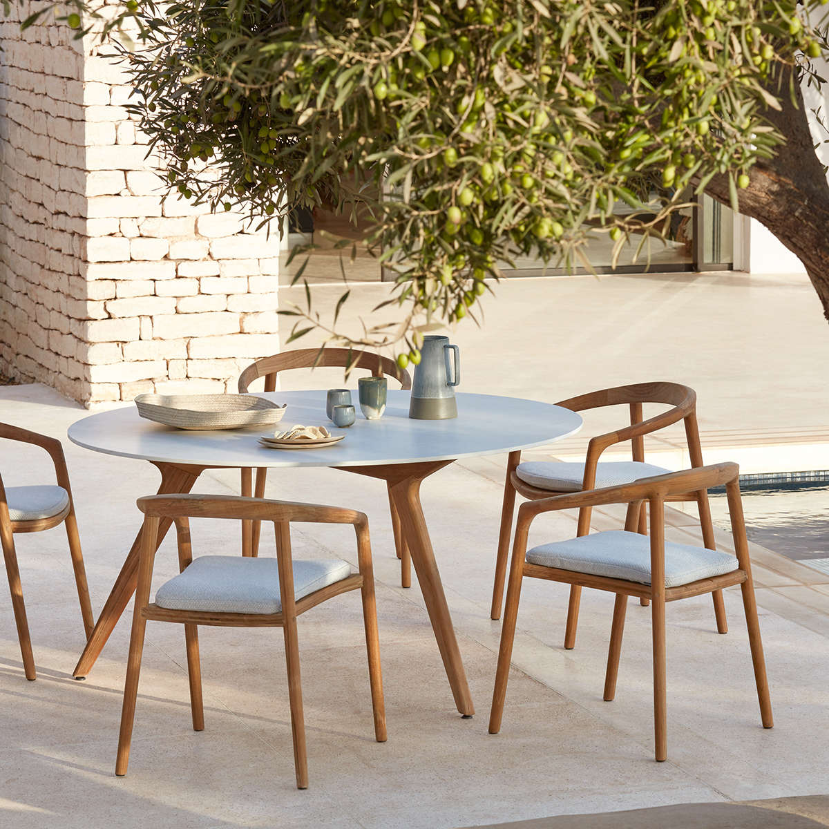 Manutti Torsa Dining Table Ambi 4
