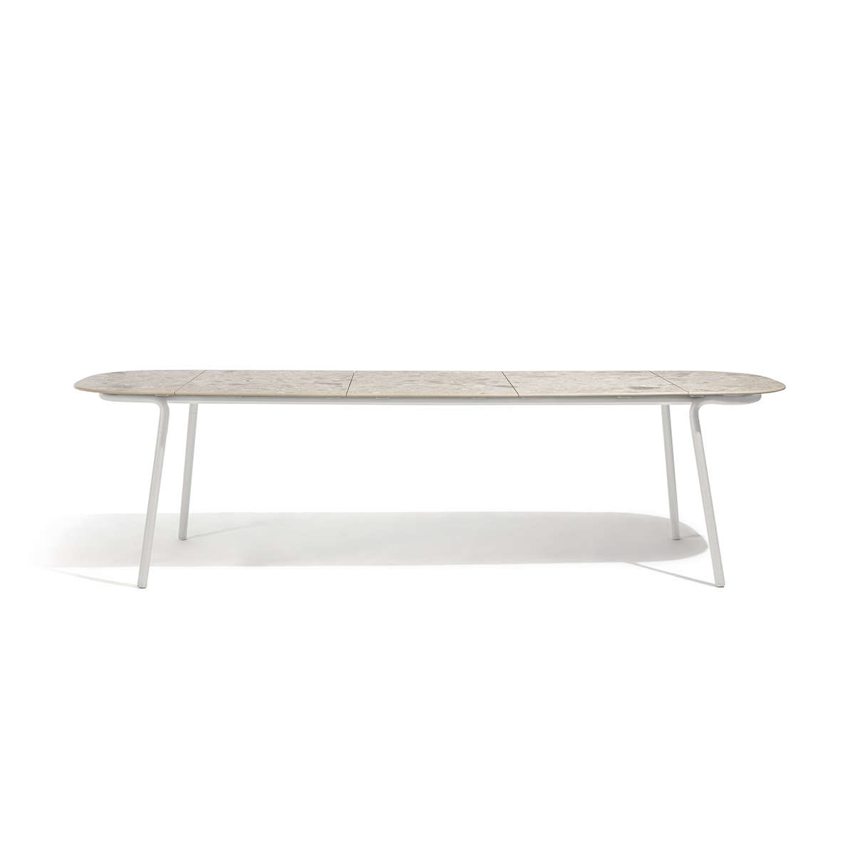 Manutti Torsa Dining Table Cut Out 1
