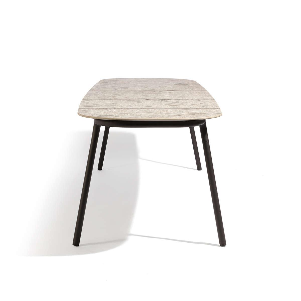 Manutti Torsa Dining Table Cut Out 4