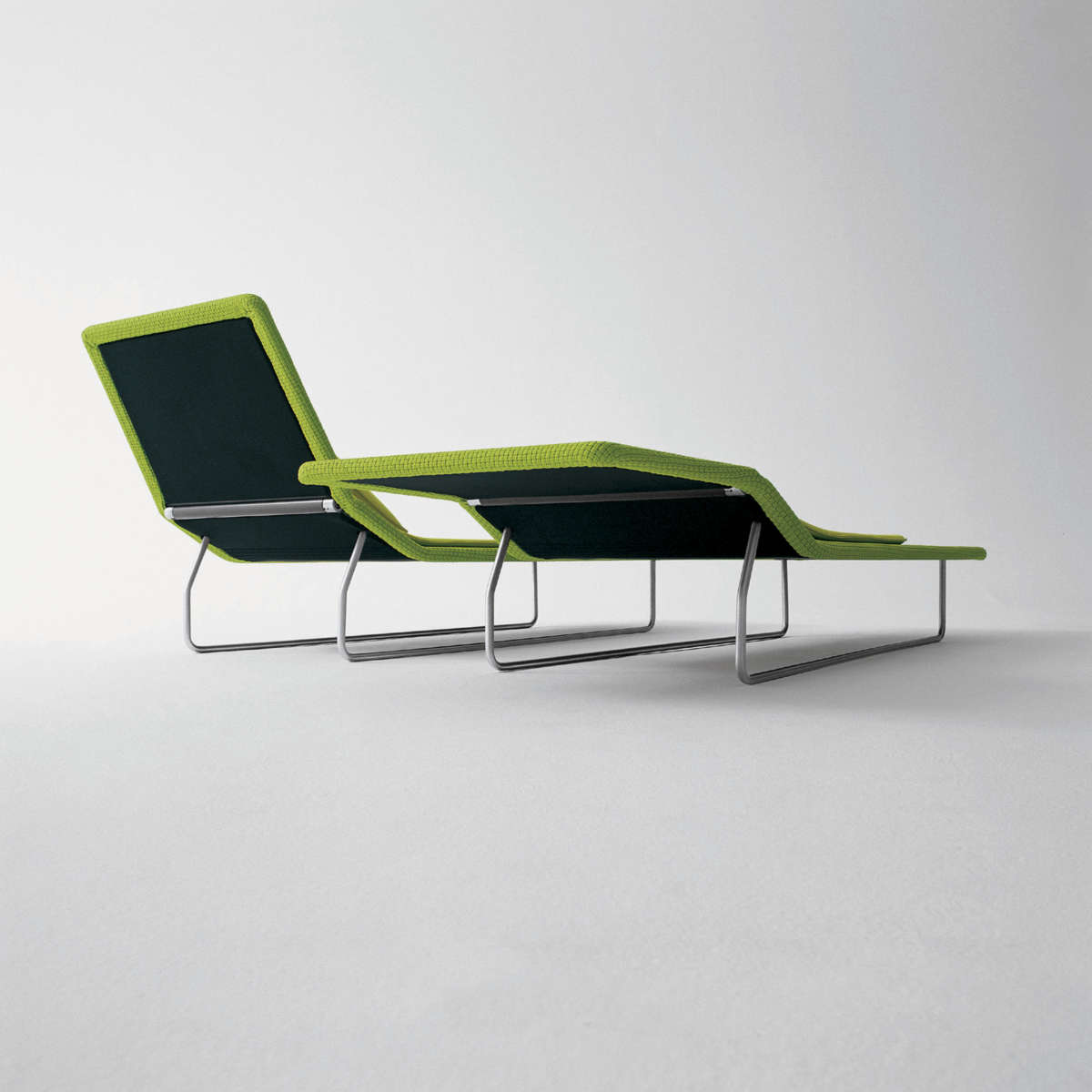 Paola Lenti Surf Lounger 2