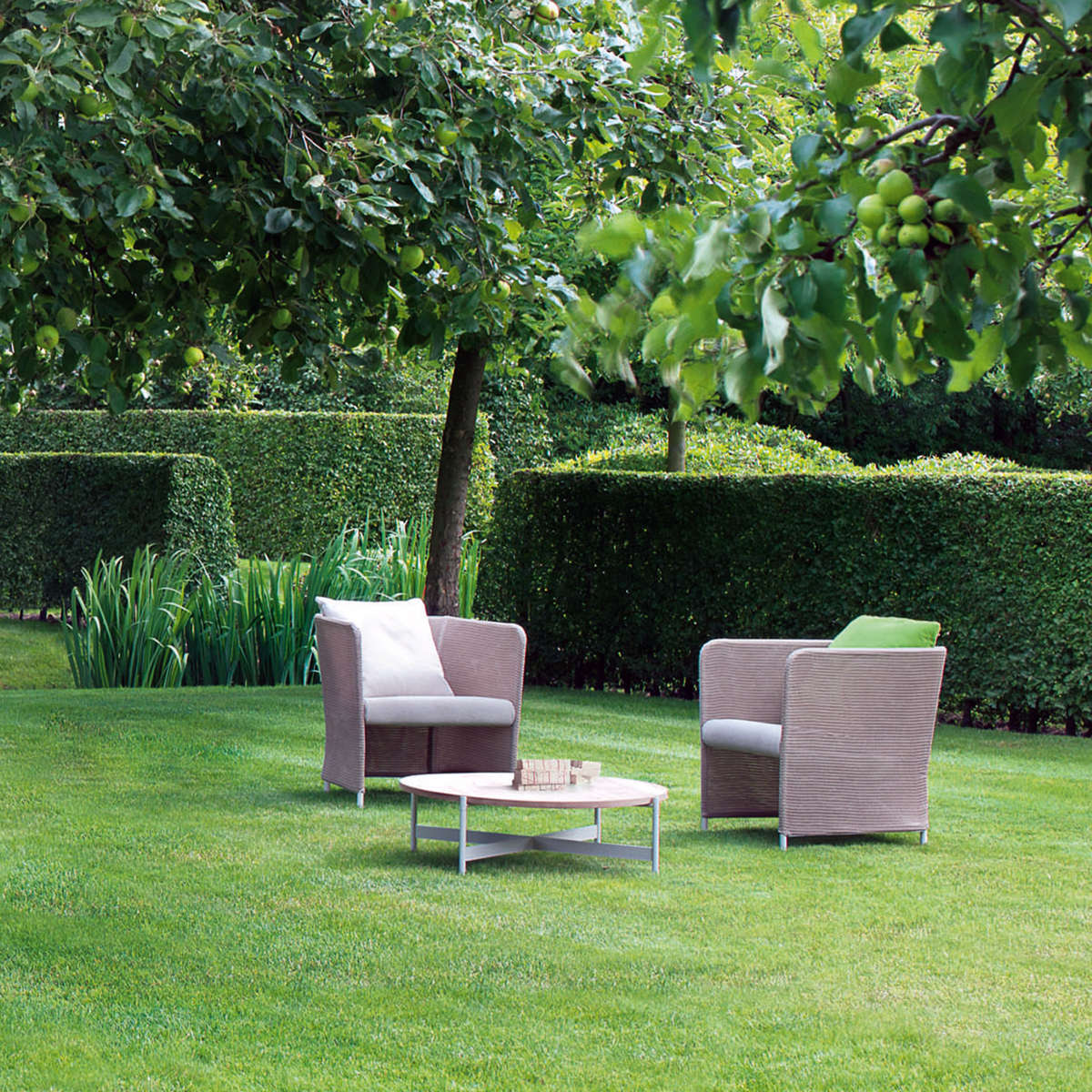 Paola Lenti Teatime Arm Chairs Hr 2