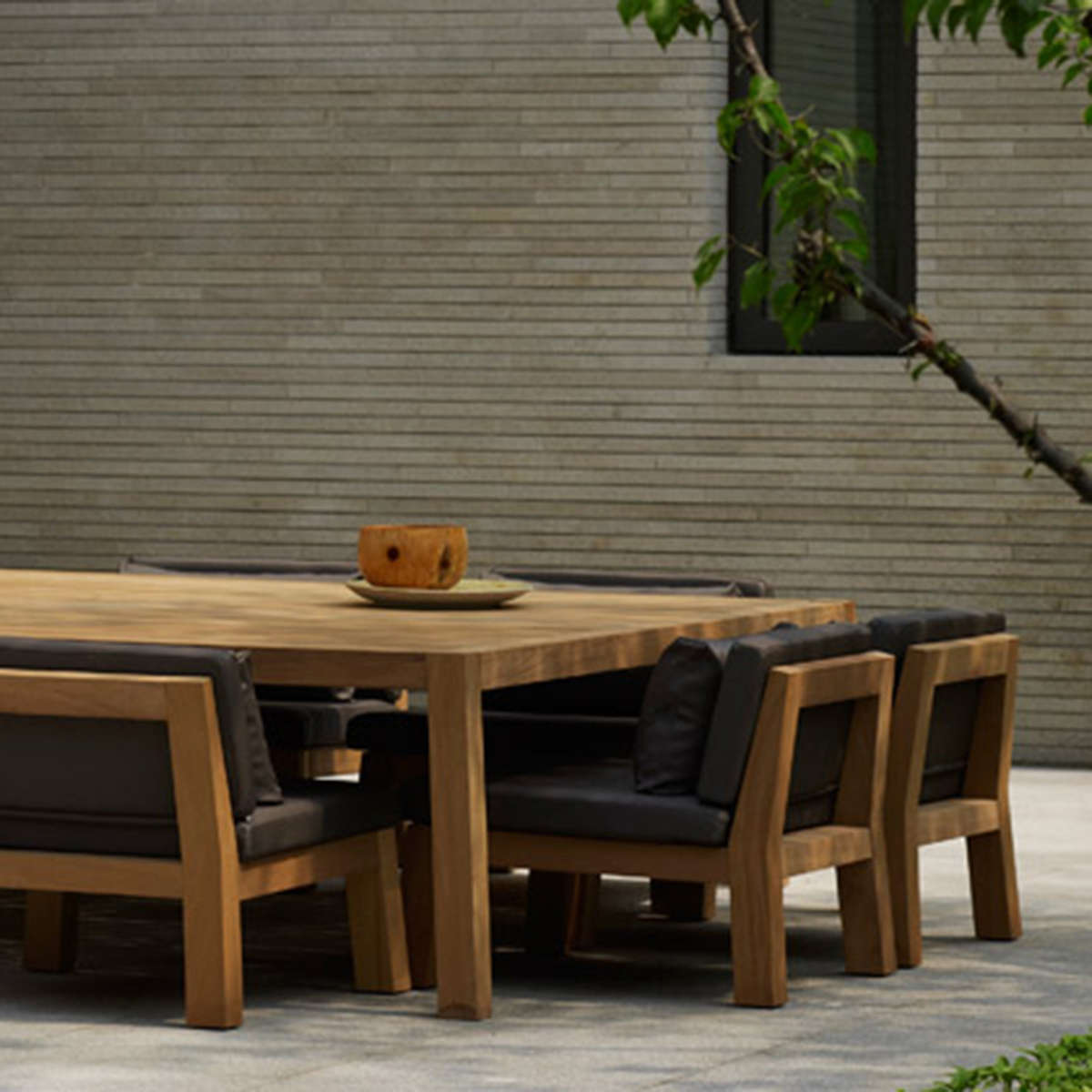 Anne Dining Tables