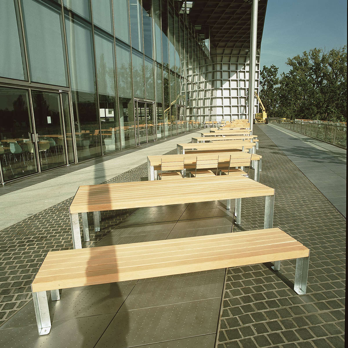 Rw A12 Larch And Steel Dining Ambient