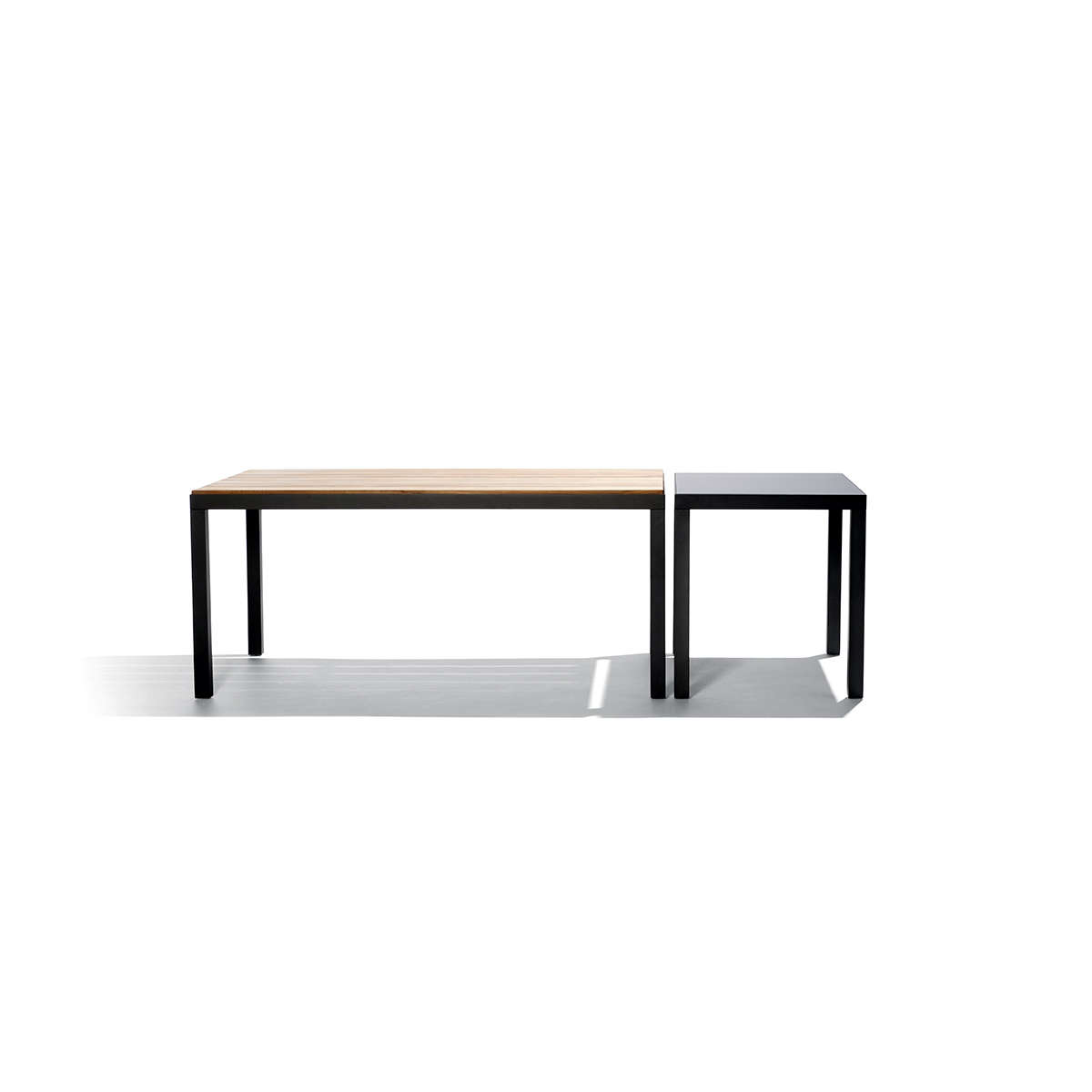Natal Alu Dining Table