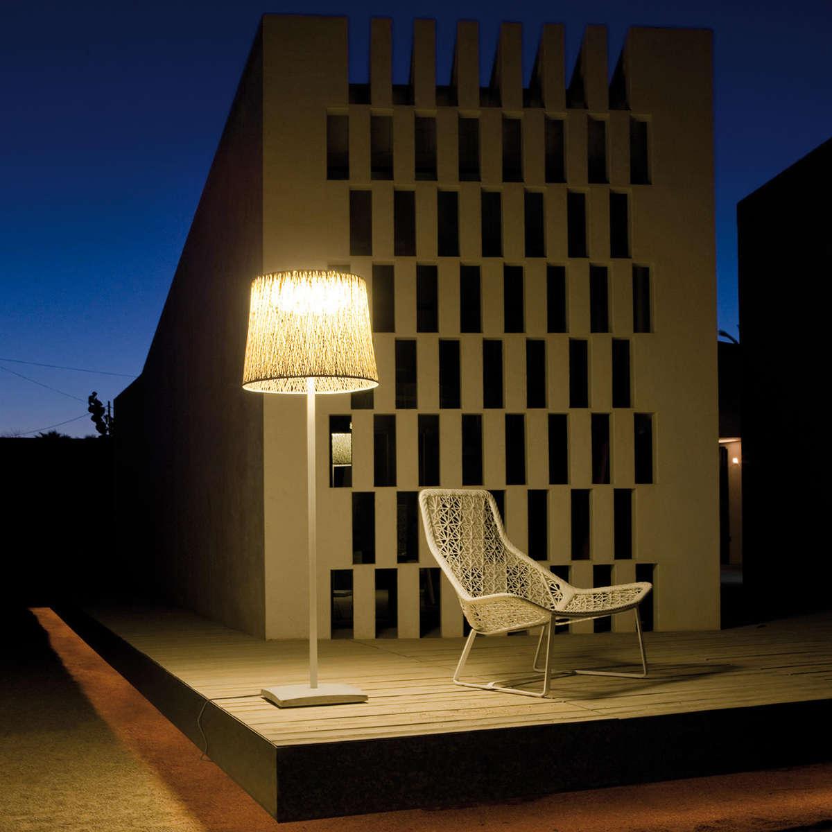 Vibia Wind Floor Lamp Ambient
