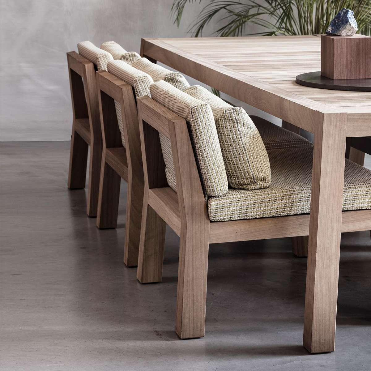 Niek Lounge Dining Seats