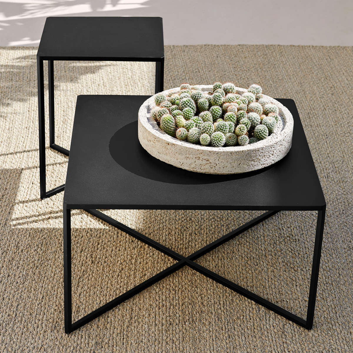 Modern garden Alu Tables 1