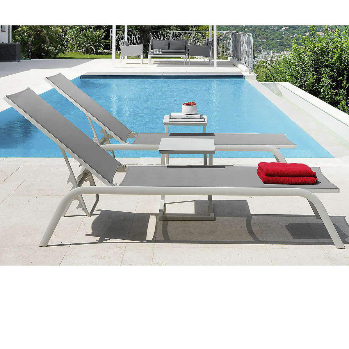 Talenti Step Lounger Ambient