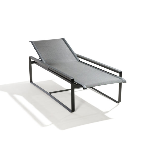 Neutra Adjustable Lounger