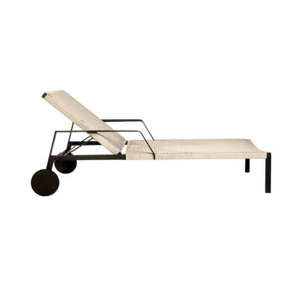 Nodi Adjustable Lounger