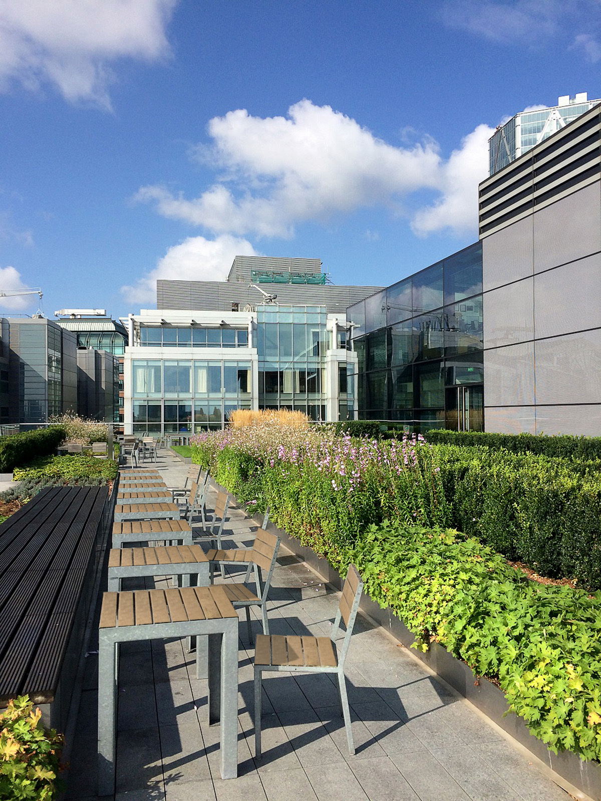 Allen & Overy, Office Headquarters Terrace by Design: Fosters and Partners